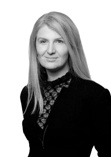 Danielle Burns - Senior Associate